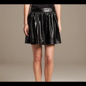 Banana Republic Monogram Laser Cut Skirt Size 12